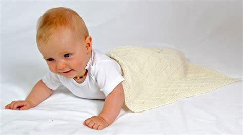 decke f r baby strickanleitung babydecke wunschkind 2 gr 246 223 en f 252 r