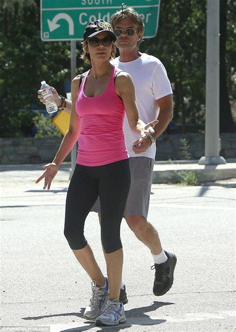 what does lisa rinna eat lisa rinna defies her age as she displays toned figure in