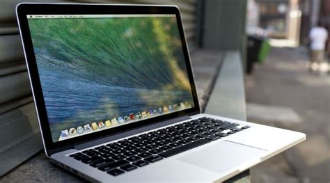 Macbook Pro Di Jepang warga jepang sarankan pakai uang koin untuk dinginkan laptop panas kabar berita artikel