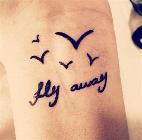 sharpie wrist tattoo 25 best ideas about fly away on a