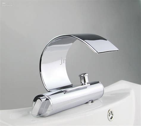 moen kitchen faucet finishes