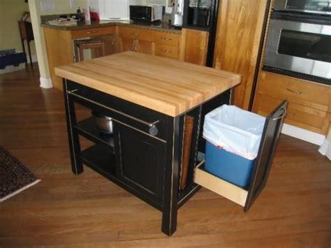 mobile kitchen island butcher block best 25 mobile kitchen island ideas on kitchen island diy rustic kitchen carts and