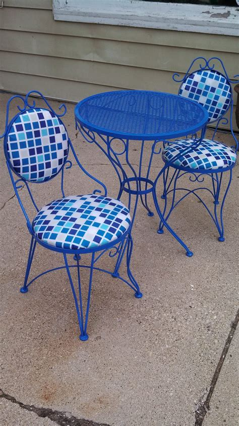 Furniture Images About Metal Lawn Chairs On Porch And Vintage Patio Chairs