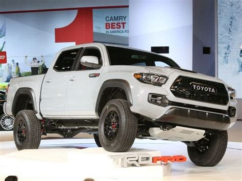 2017 toyota tacoma trd pro returns kelley blue book