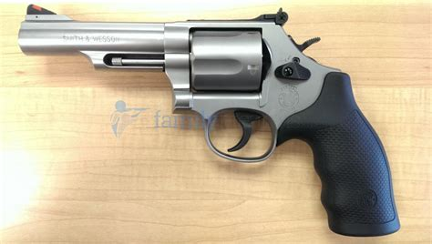 frame rubber sts smith wesson 69 l frame revolver 44 mag