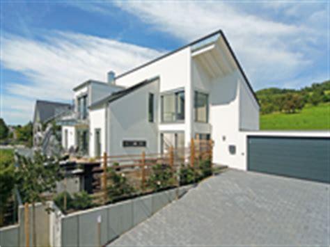 Was Kostet Ein Fertighaus Wirklich by Fertighaus Hanglage Kosten H 228 User Immobilien Bau