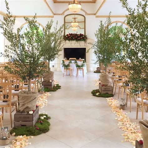 design house decor floral park stunning autumn wedding aisle the vine room northbrook