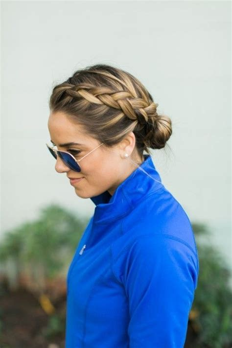 runners with short hair 21 hairstyles to use when you re going on a run