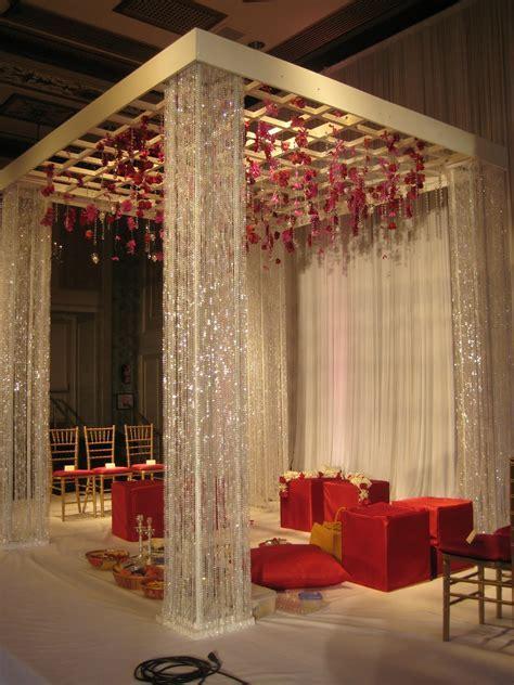 Stage Decor For Traditional Wedding Artflyz.com
