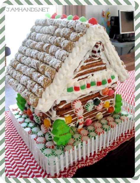 log cabin gingerbread house designs 17 best images about gingerbread houses on pinterest valentines ginger bread house