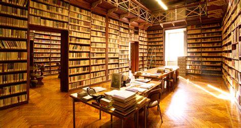 università torino lettere unitonews torino legge nelle biblioteche universitarie