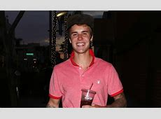 Justin Bieber Has the Most Infectious Smile in New Photos ... Justin Bieber Smiling 2017 Close Up