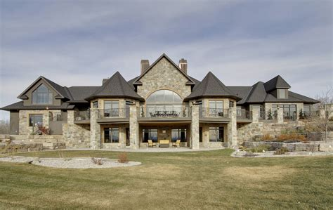 building a mansion house of the day 10 500 000 mansion in canada
