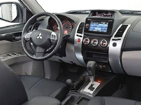 2016 Mitsubishi Pajero Hybrid Review Release Date