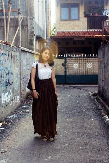 Risma Dress risma putri quillan maxi lace dress longch brown
