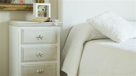 comodini strani comodino con cassetti arredo per da letto dalani