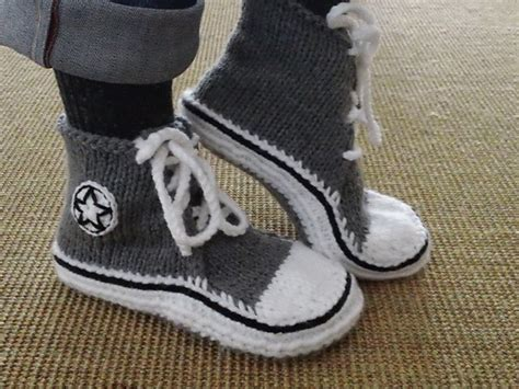 converse knitted slippers diy converse knitted slippers pattern http www ravelry