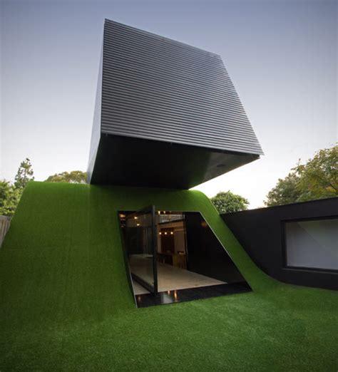 modern hill house designs coolbusinessideas com built on hill