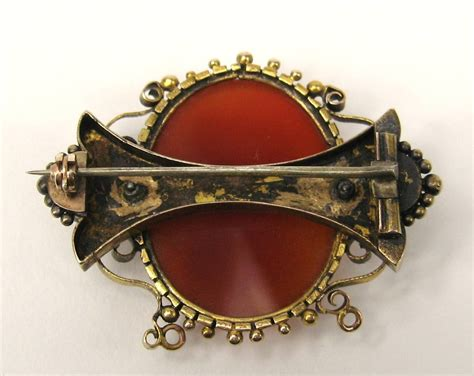 ist dibs shell cameos 1860 s 14k gold shell cameo brooch for sale at 1stdibs