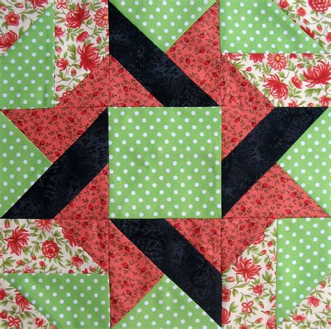 Quilt Block by Starwood Quilter Frolic Variation Quilt Block