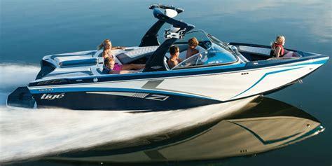 tige boats kelowna tig 233 z1 wakeboard wakesurf ski boat rental in kelowna