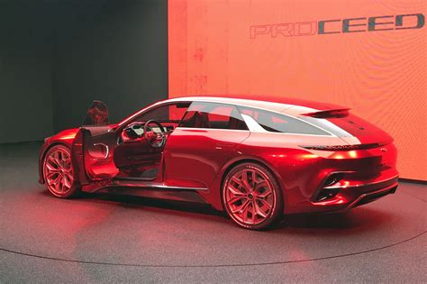 kia supercar kia proceed concept shooting brake live from frankfurt