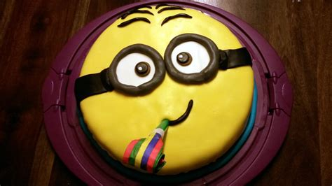 Minion Kuchen Backen With Subtitles Minion