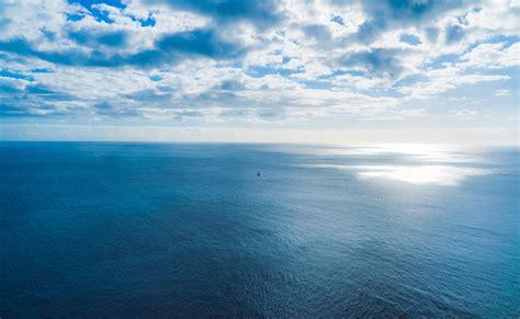 wallpaper sea sky clouds horizon hd widescreen high