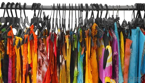 what are some benefits of buying clothing secondhand