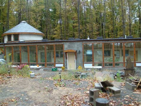 earthship homes on