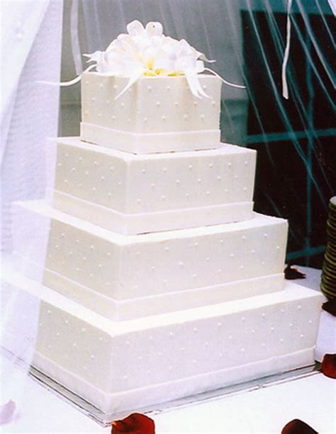 square wedding cake white square wedding cakes decorate food and drink