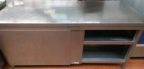tavolo acciaio inox usato tavolo armadiato acciaio usato termosifoni in ghisa