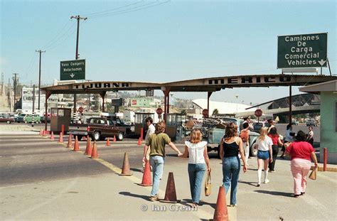 300 Square Foot by Itc Vision Ian Crean Photography Usa Border At Tijuana