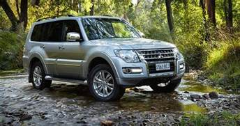 Mitsubishi Pajero Images Pictures 2015 Mitsubishi Pajero Pricing And Specifications Photos