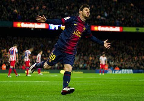 Sepatu Bola Lionel Messi sepatu bola adidas messi hasil desain fans lionel messi