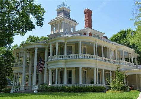 the rushmead house saving the grand old cartwright house in texas