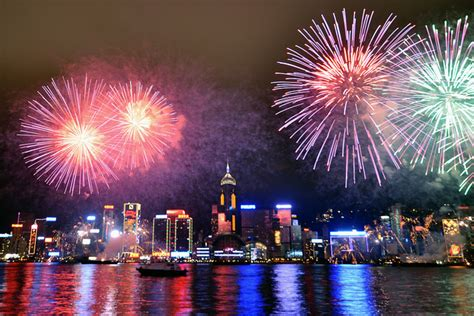 new year hong kong fireworks 10 memorable places in the world to celebrate new year