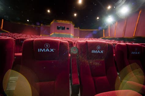 imax partners with china s tcl to make home theater