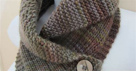 collared cowl free crochet pattern crochet n create shawl collared cowl knitting pattern and more cowl