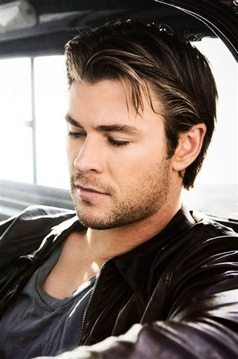 Chris Hemsworth   7 Male Celebrities with Great Hair