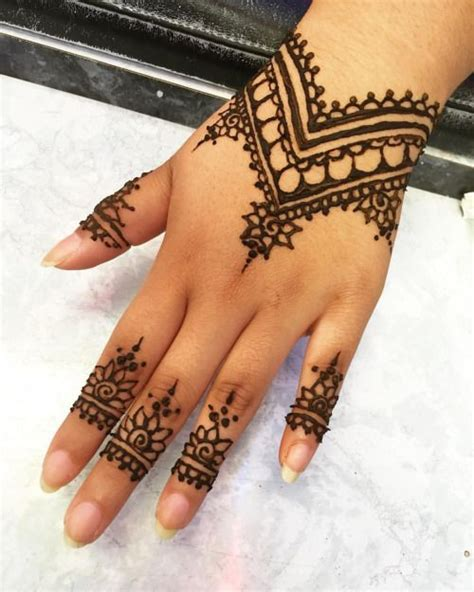 die besten 17 ideen zu henna muster hand auf pinterest