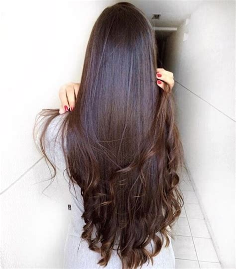 textured ends abe likes long shiny and straight with curled ends he