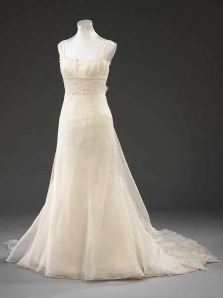 Vera Wang More Than by More Than Just A Wedding Dress The Urbanwire