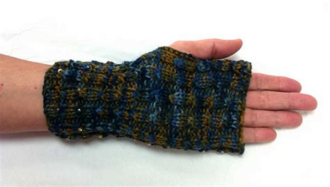 knit n knibble ravelry jeweled driving mitts pattern by caroline kerr