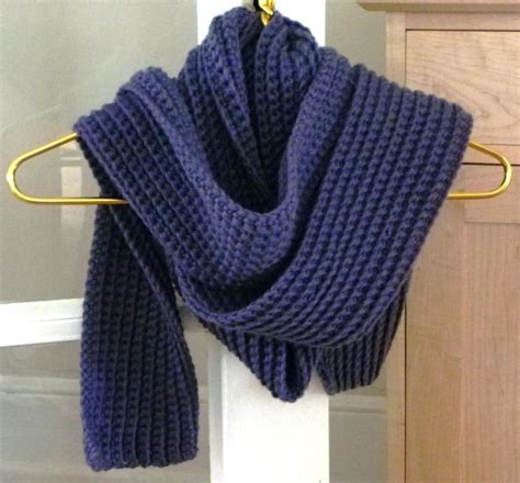 chunky ribbed scarf by stitching times crocheting pattern