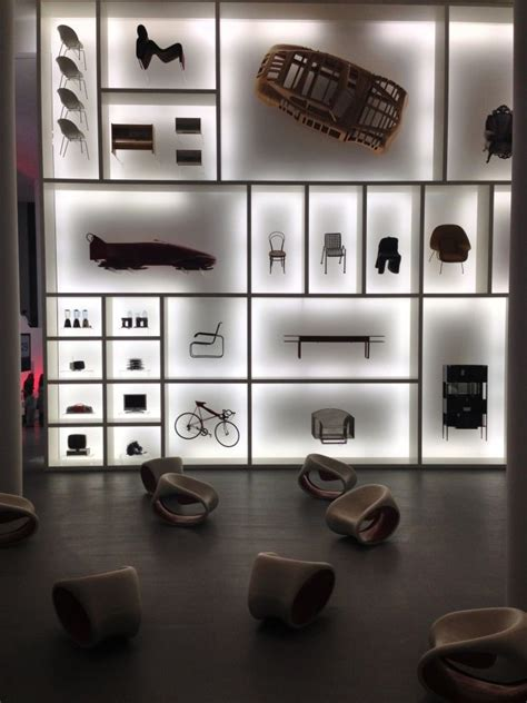 design photo wall display best 25 exhibit design ideas on pinterest exhibitions
