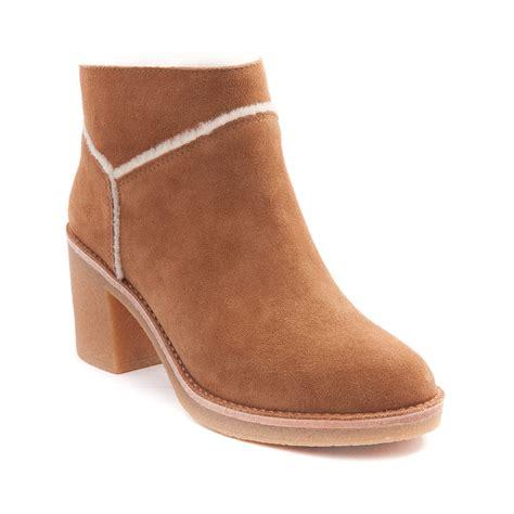 womans ugg boots womens ugg 174 kasen boot brown 581751