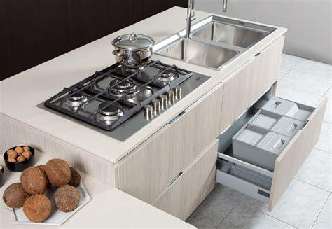 piani cottura moderni cucine moderne brescia cucine con isola