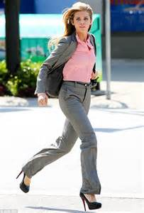 the of running in heels 90210 s annalynne mccord puts on slippers after running