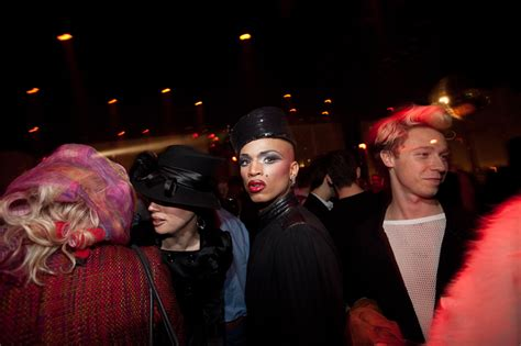 Serves Up Papers To by Susanne Bartsch Serves Up Quot On Top Tuesdays Quot At Le Bain Paper